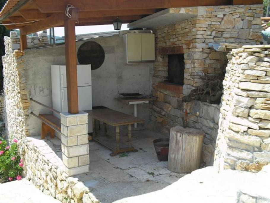 Outdooor fireplace