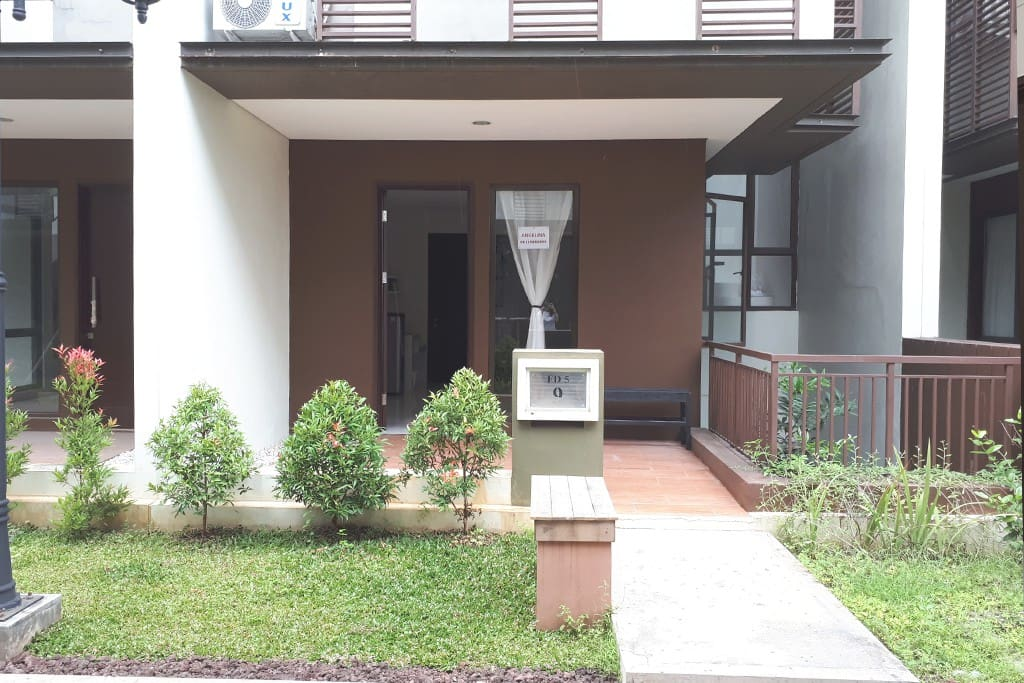 Private Entrance level 2