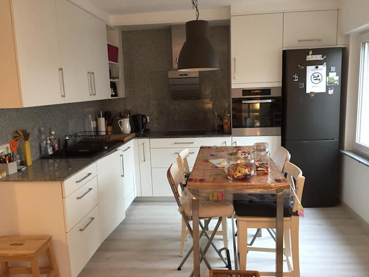 Newly refurbished Cozy&Quiet 2 bedrooms apartment
