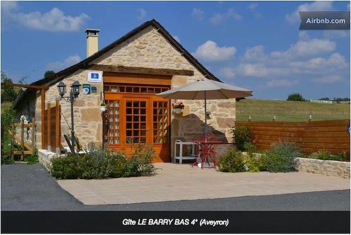 Gîte LE BARRY BAS - 4 étoiles - Gabriac