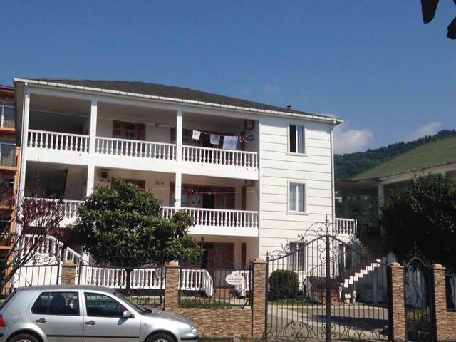 HOTEL TATIANA 2