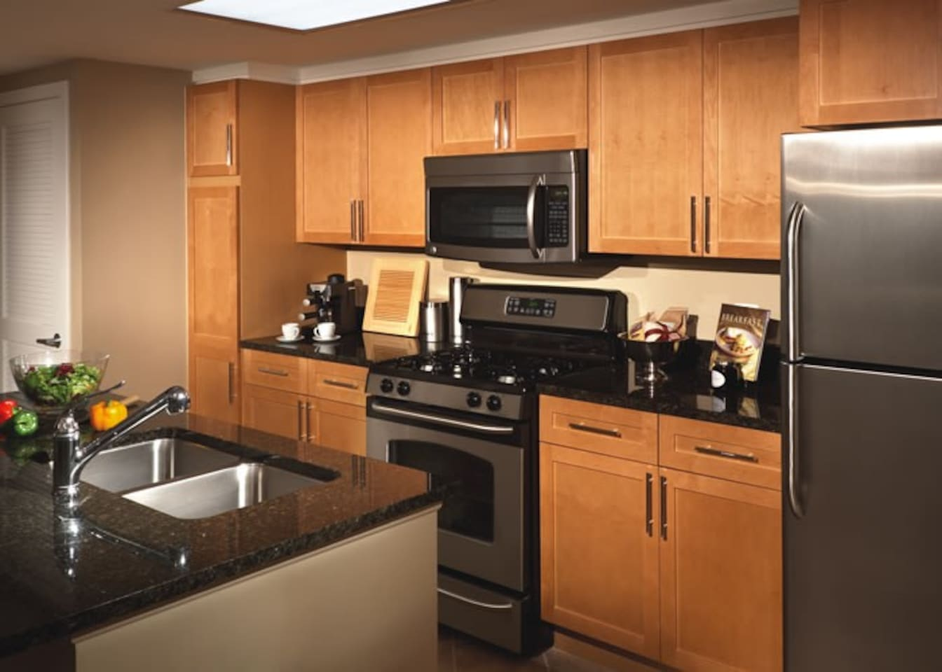 Gourmet Kitchen with Top of the Line Finishes!