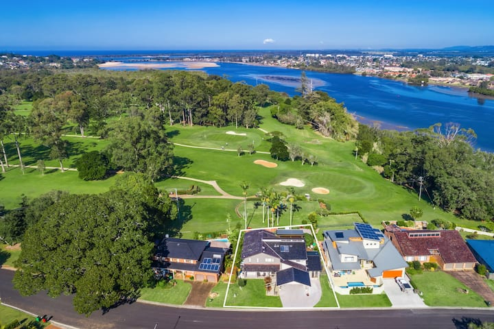 A Perfect Stay - River Links