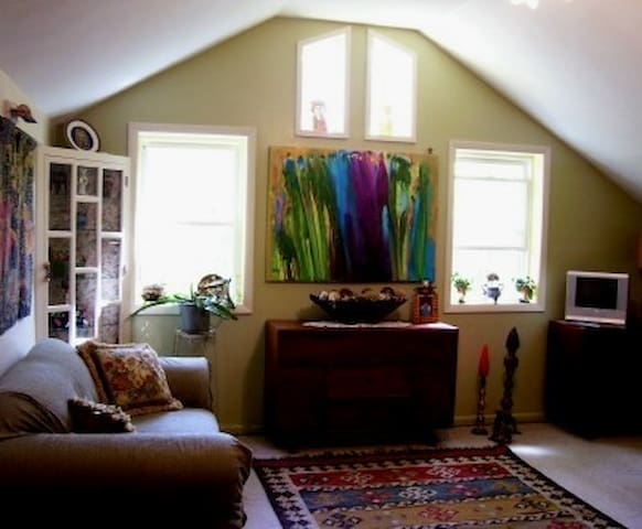 Charming New Paltz Getaway for You - New Paltz - Stuga