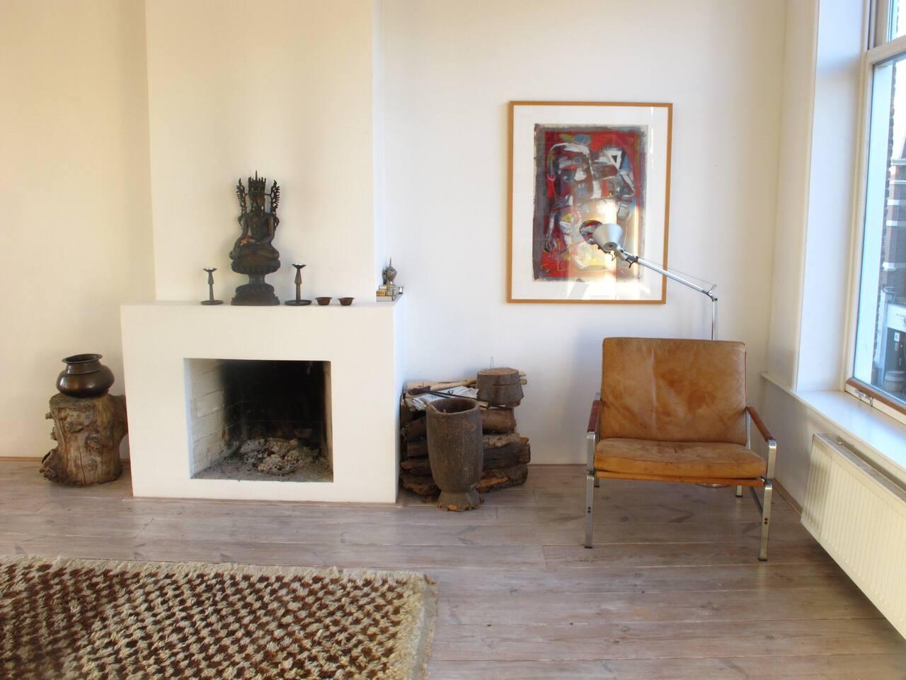 ruime lichte woonkamer van 13 vierkante meter
