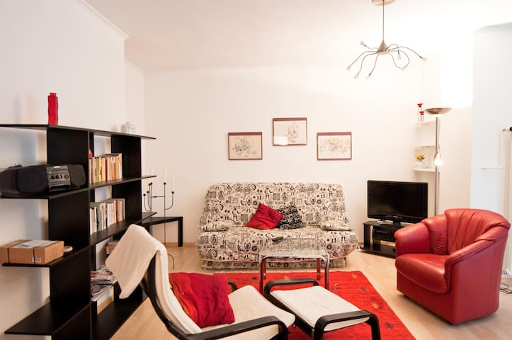 Very nice centrally located flat