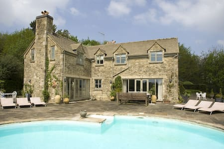 Springfield Country House - Rendcomb - Casa