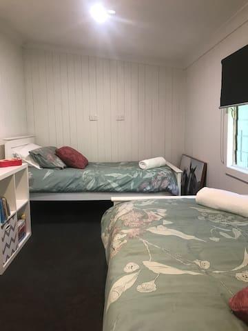 Bedroom 3 2 x Single Beds