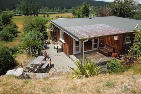 Bellbird Bach/Cabin - Motueka Valley - Casa
