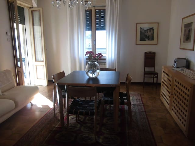 Spazioso Appartamento a Treviso - Treviso - Lejlighed