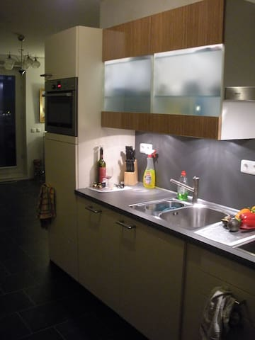 A room in Amsterdam Suburb- Almere - Almere - Appartement
