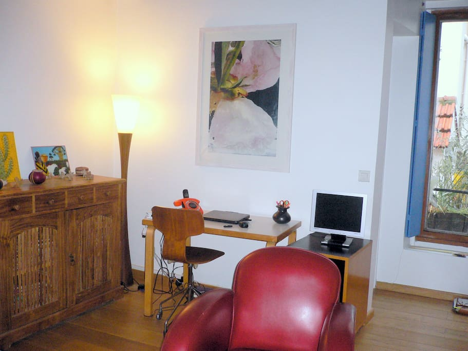 Beautiful quiet duplex at bastille wohnungen zur miete for Fenetre bastille