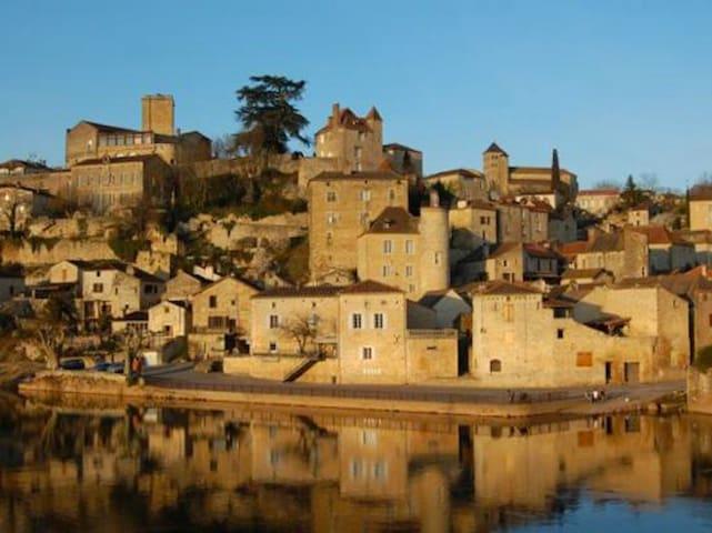 Puy l'Evêque, cité historique du vignoble de Cahors