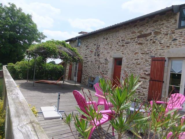 Chambre d'hôtes La Thibaudière - Chalus