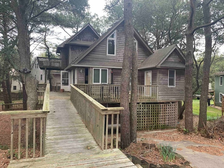 OBX Treehouse