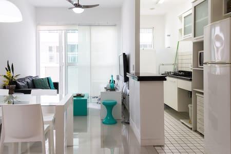 Apart. LOFT com serviço - Gonzaga - Santos - Apartment