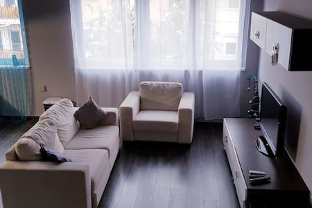 Mari's flat