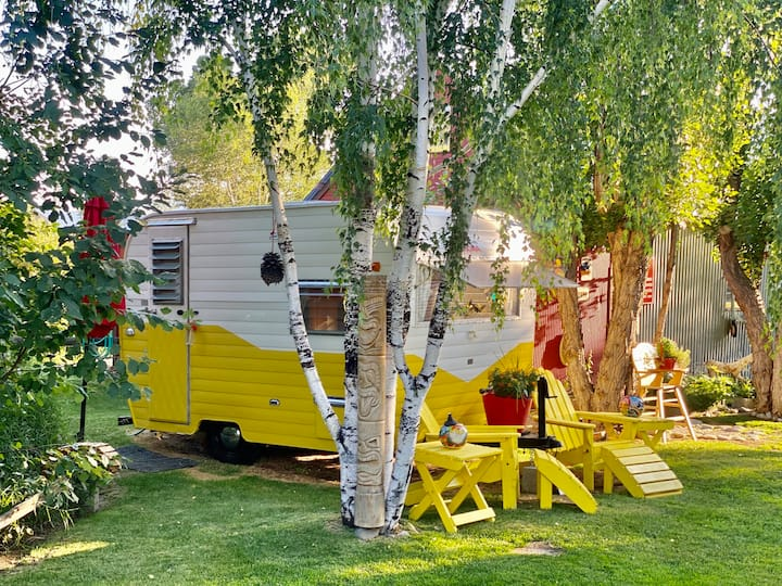 Enjoy Montana Glamping at it's Best at Sunnyside!