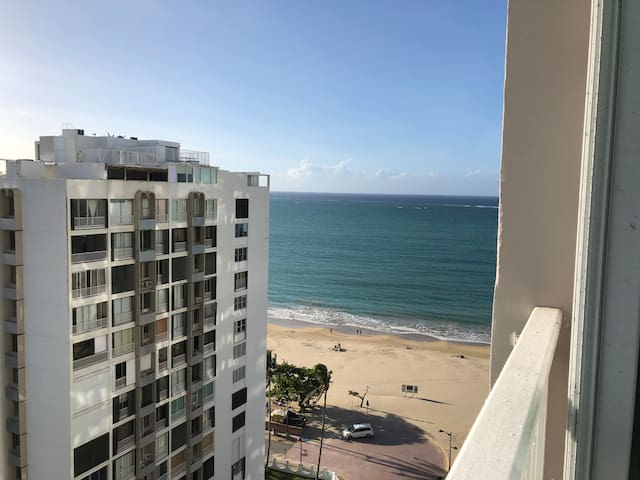 Beautiful view of Isla Verde Beach, the best beach in the Metropolitan area with jet ski rentals, parasail, banana boating, umbrella company, good for kite surfing, hobie cats and more.