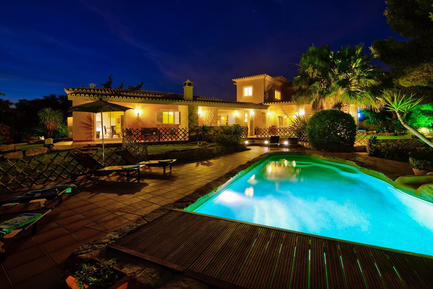 Stunning 6 bedroom villa (4 bedroom house and 2 bedroom self contained cottage)