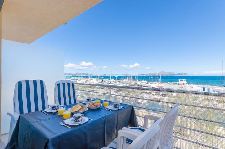 YourHouse Puerto, sea view apartment for 5 guests