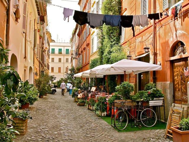 Trastevere, lovely place in the heart of Rome