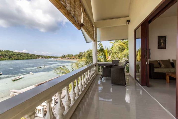 Private room with view 2 - first floor in Ceningan - Nusapenida - Villa