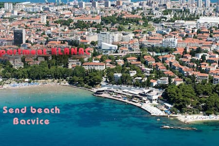 center beach AP Zvonimir 2+2