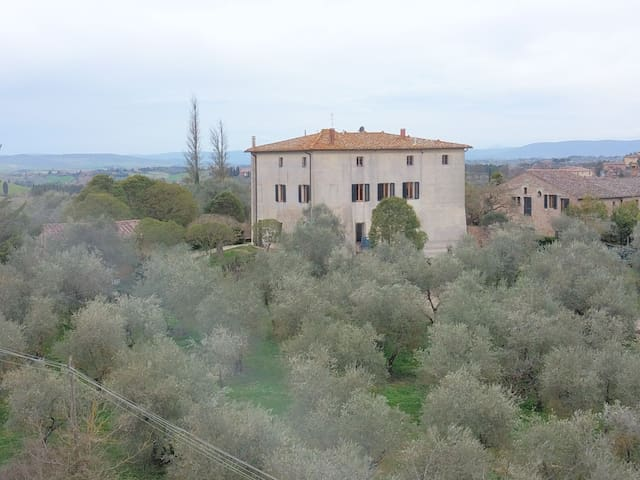 Villa Pippo Relais Bed & Breakfast- Suite Smeraldo
