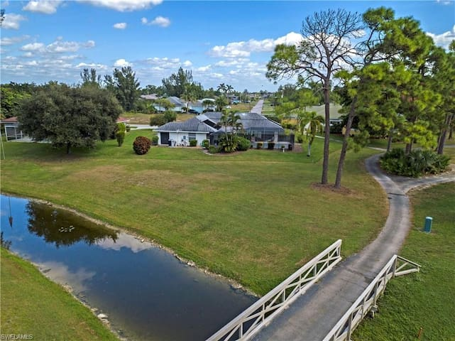 Entire Pool home on golf course