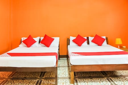 Two Bedroom Suite Stay@Villa Emilia Pension House