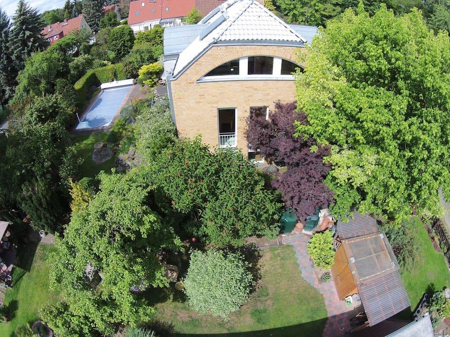 Haus mit pool deutschland exklusive luxush user im in und ausland bellevue pool ums haus pool for Haus zur miete in berlin