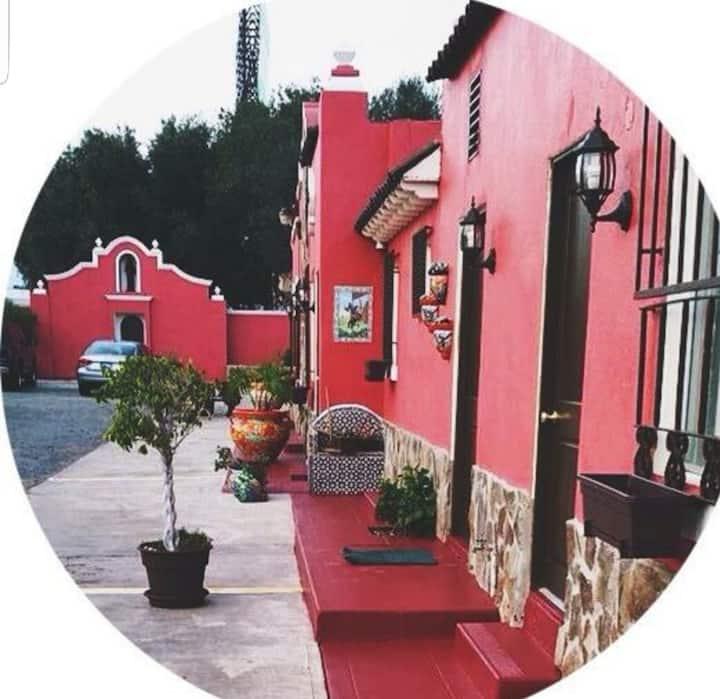 Habitación Boutique en el corazón de Ensenada!