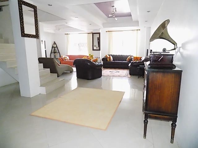 Family - Friendly Mombasa 3 Bedrooms Apartment - Mombasa - Casa