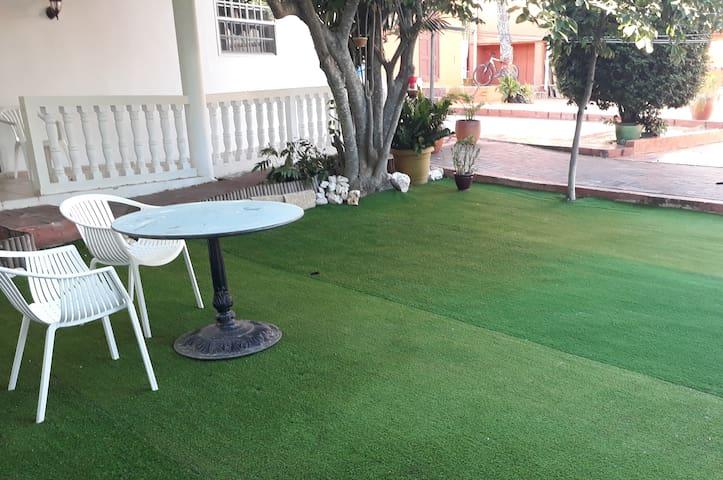 Home Sweet Garden