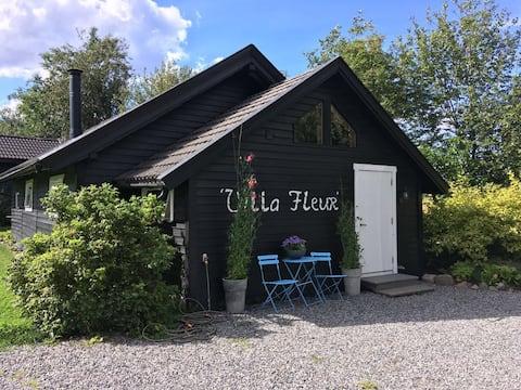 Villa Fleur with jacuzzi