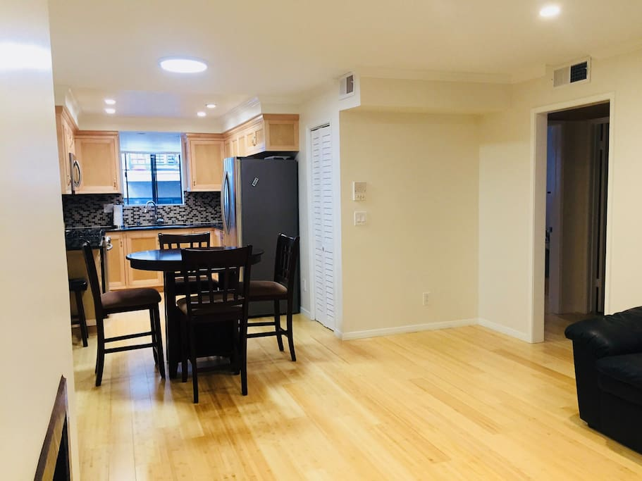 Large living/dining room space.