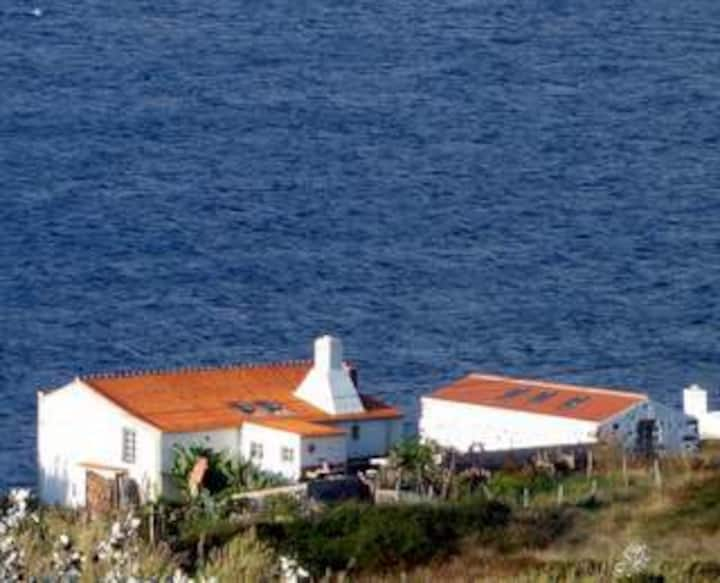 kleines Steinhaus auf Graciosa