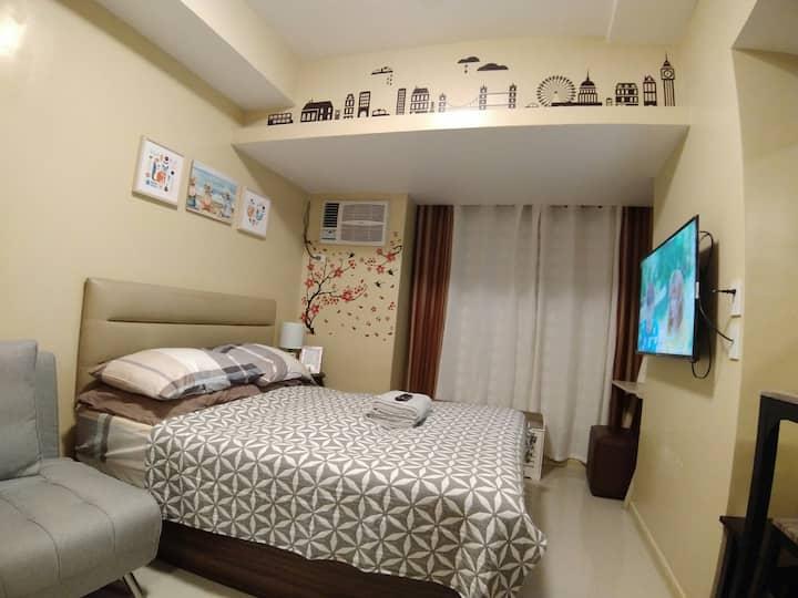 Homey Studio Unit Near the Heart of Quezon City