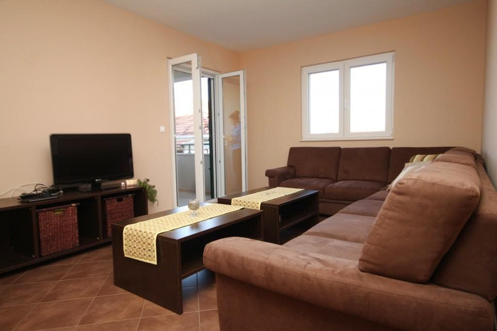 Living room, Surface: 18 m²