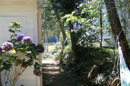 Chalet on 4-star castle campsite - Champs-Romain - Cabin