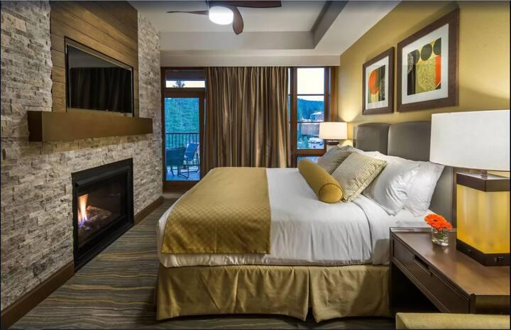 Ski In/Out Northstar Lodge Resort 2 BD 2 BA