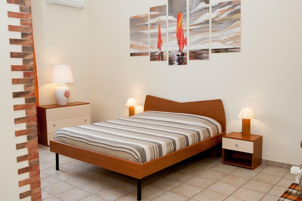B b poseidon camera nettuno pernottamento e colazione in for Camera letto nettuno
