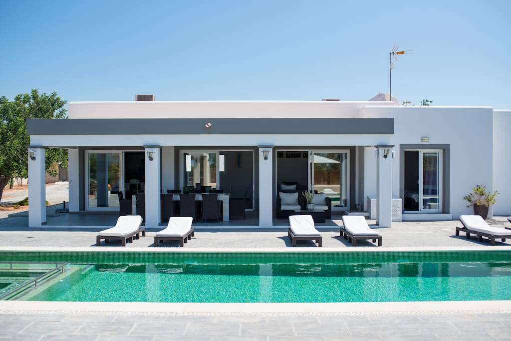 Poolside access from the living room and 2 bedrooms