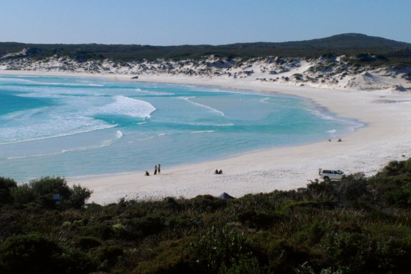 the beautiful whartons Bay not far from 'me mates place' come walk on the squeaky sand and No over crowding here.