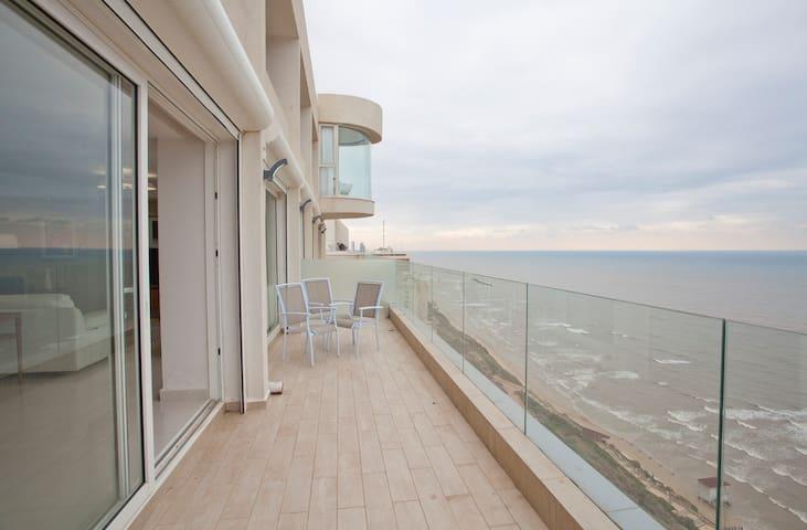 North luxury apartment sea line  - Netanya - Lägenhet