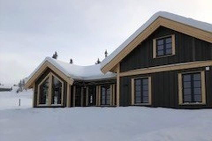 Kvitfjell Vest, Fåvang, Ski in/ski out
