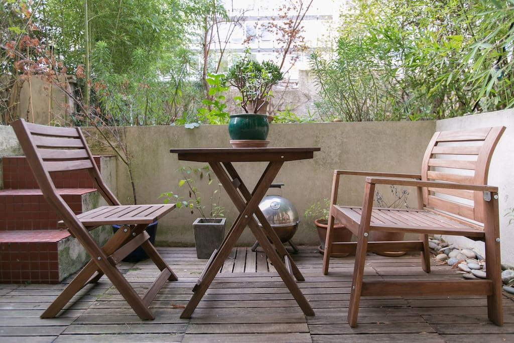 Tea for two on the wooden terrasse...