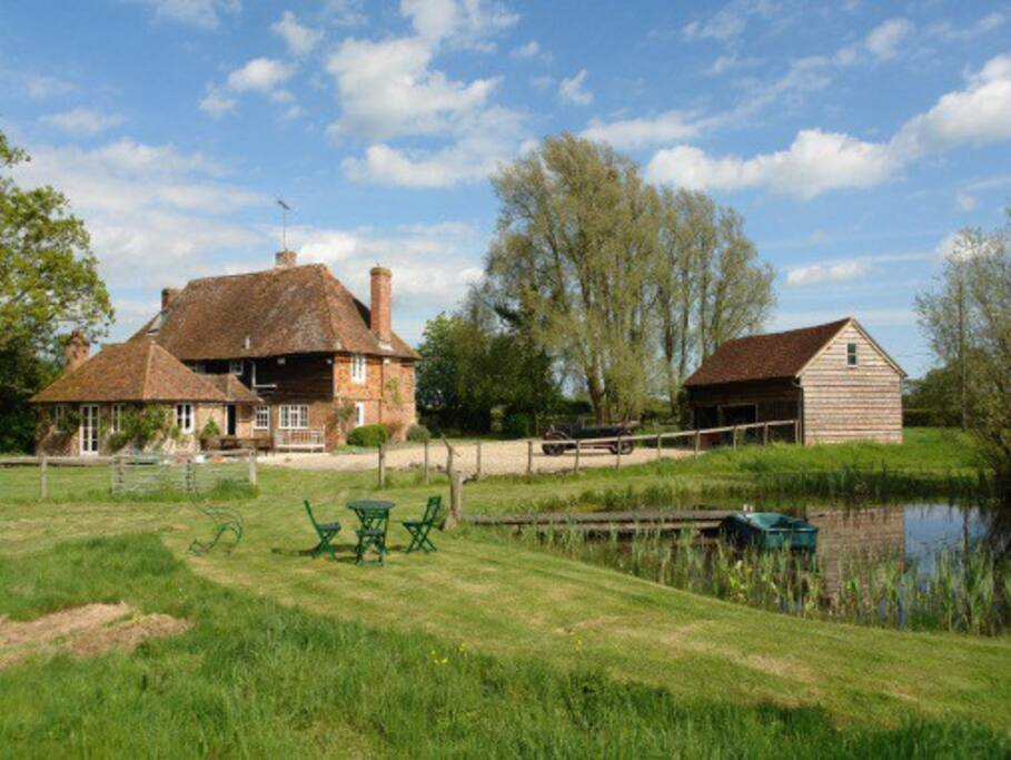 Snoadhill Cottage - Natural Swimming Pond and fabulous gardens