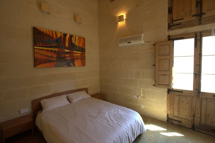 Traditional Maltese House - Sleep 3